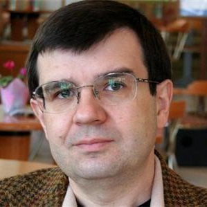 Проф. Владимир Градев