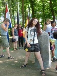 Камъкът, указващ границата между Германия, Холандия и Белгия. Снимка: личен архив.