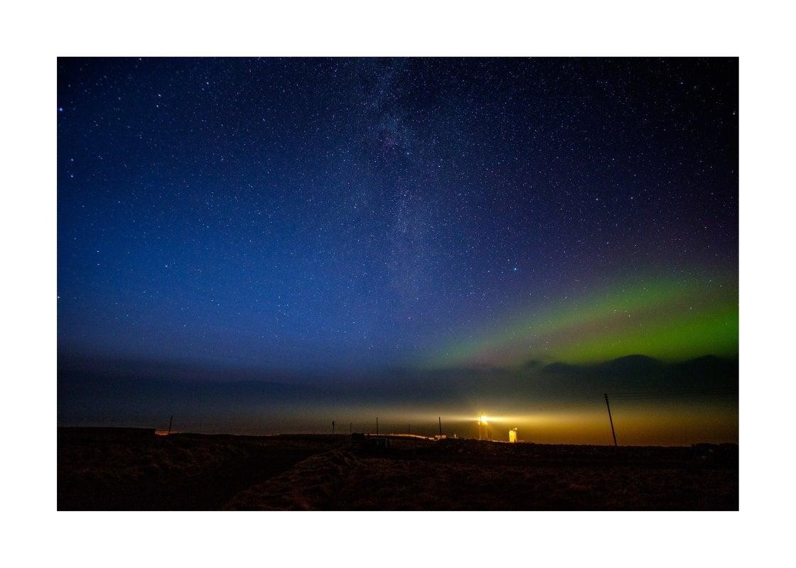 20171230072658-5438714-aurora-borealis-dunnet-head