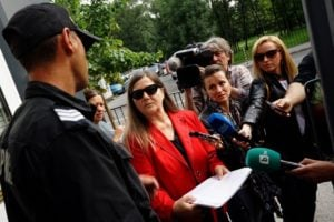 Лили Маринкова пред БНР – снимка