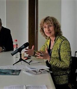 Доц.Васил Гарнизов, проф. Анна Кръстева, домакини на семинара