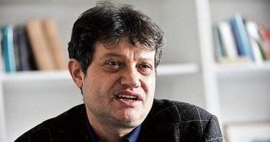 Стефан Дечев: Българските и македонски политици задминаха националните историци