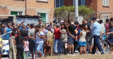 ЕК: Ромите в България нямат доверие в полицията и правосъдието