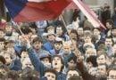 Чехите празнуват 30-годишнината от Кадифената революция с музика и шествия