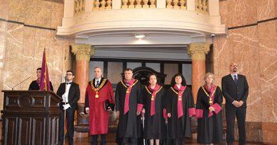 """Академичният съвет взе решение да отнеме почетното звание """"доктор хонорис кауза"""" на Ханс Франк, Бернхард Руст, Едвалд Роберт Валентин фон Масов и Едуард Колрауш"""