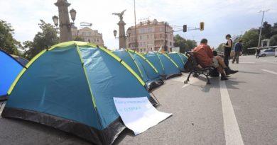 За блокадите на кръстовища, свободата на събранията и правата на другите