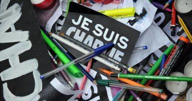 """Нови граници на свободата на словото след поредната атака на """"Шарли Eбдо"""""""